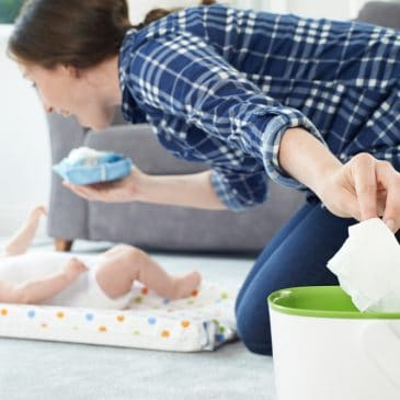 mother baby and baby wipes