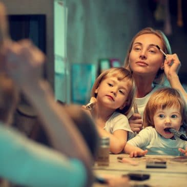 mother makeup with kids