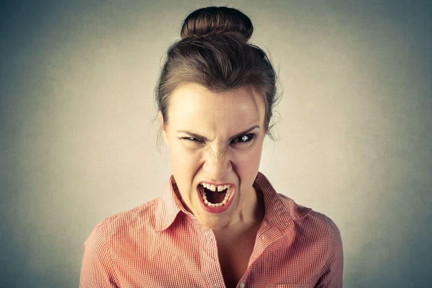 femme fâchée