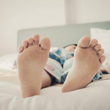 enfant lit soir