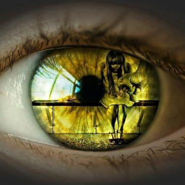 oeil jaune violence femme