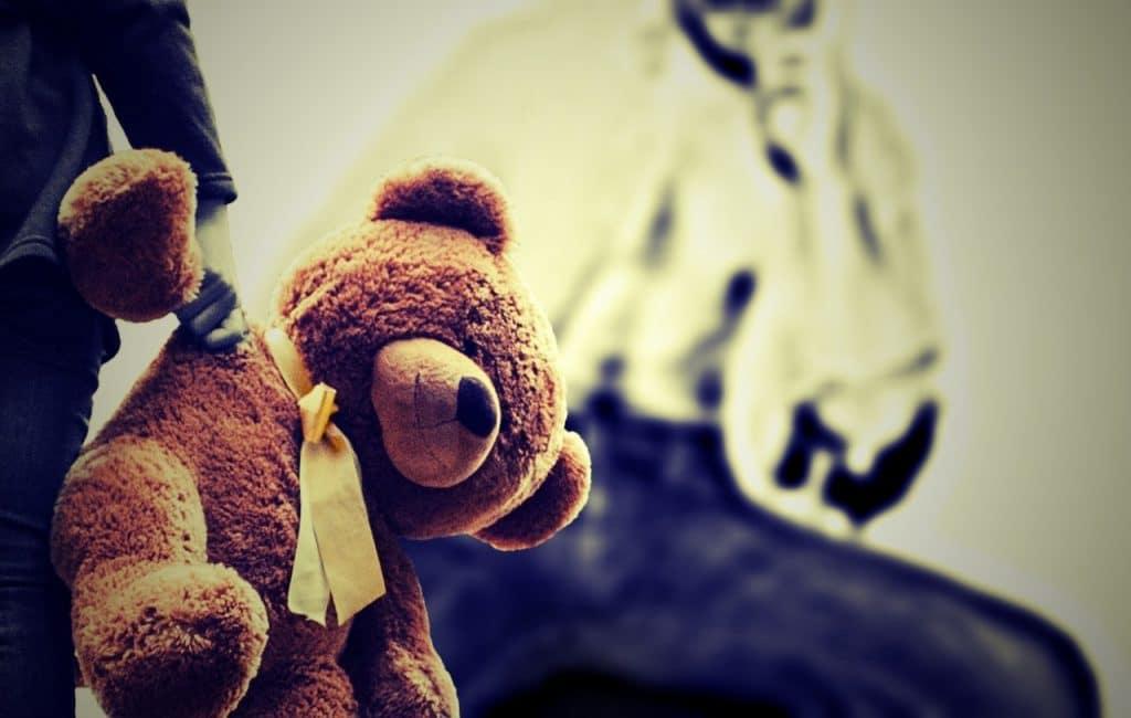 kid teddy bear violence