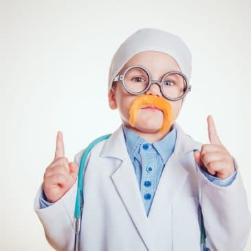 kid play doctor
