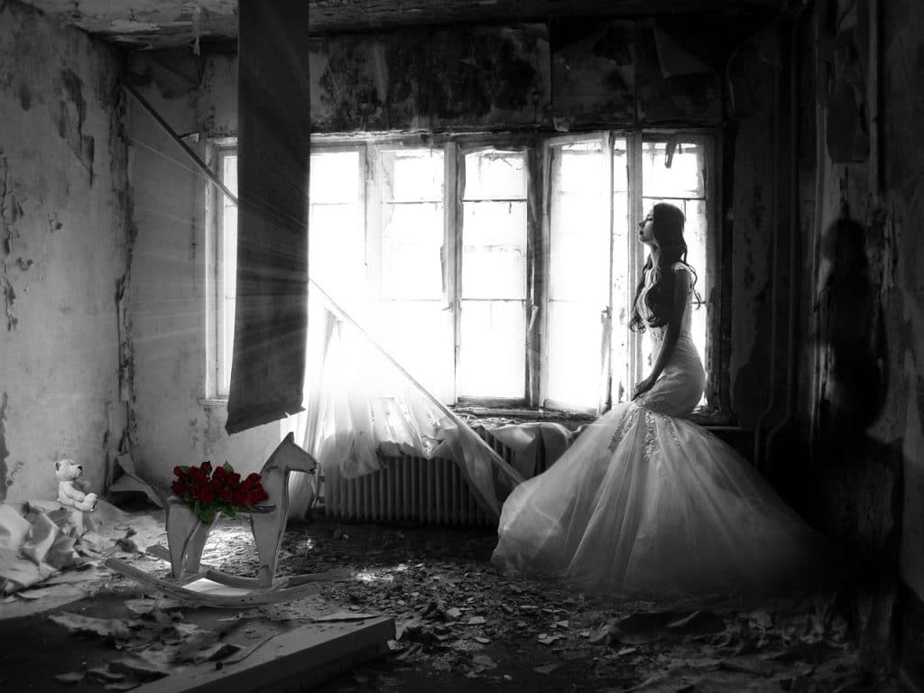 23f2e2dbd81e woman sad with wedding. Crédit   pixabay.com. Je ne sais pas ...