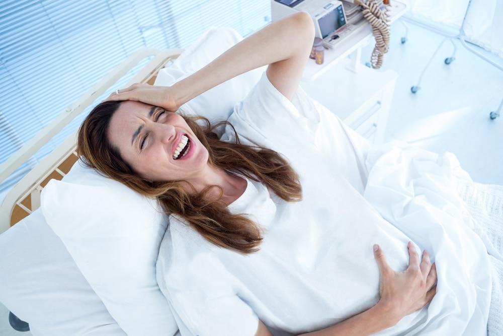 pregnant woman deliver