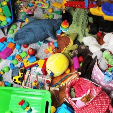 toys mess