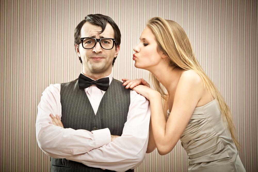 woman seduct man humor