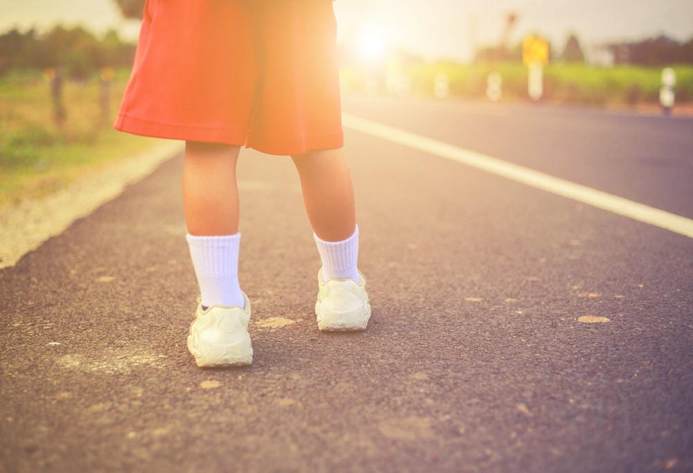 kid walk away