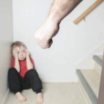 father want to hit kid