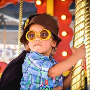 kid in funfair