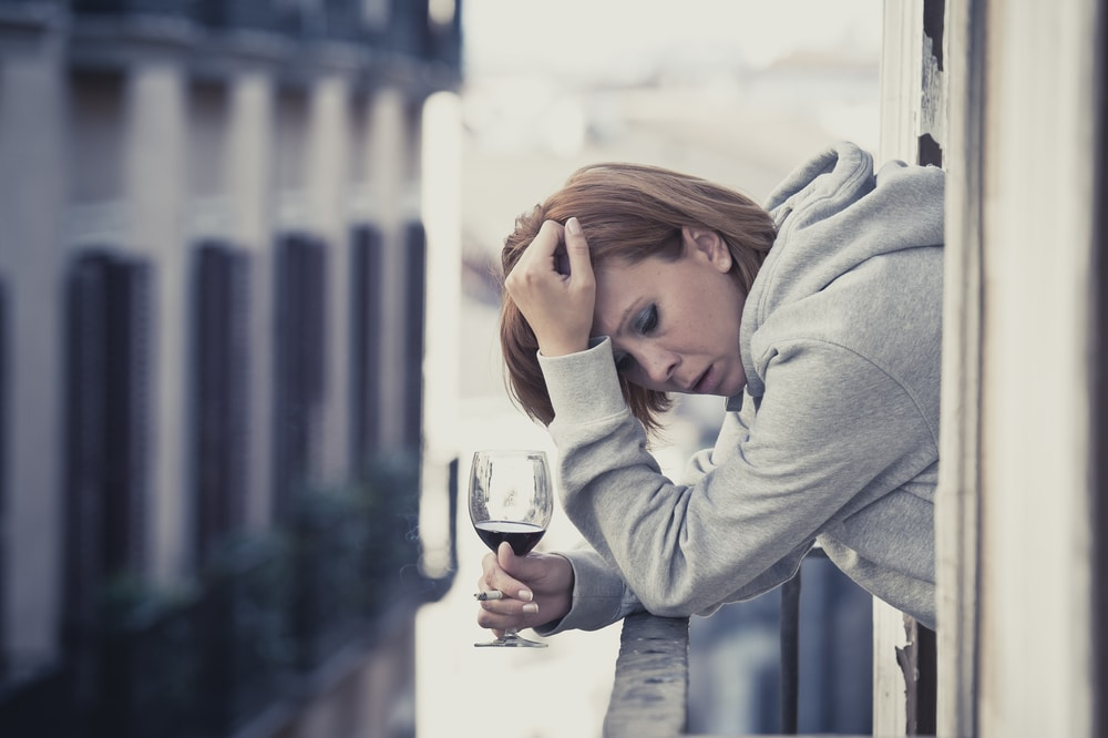 woman drink alcohol