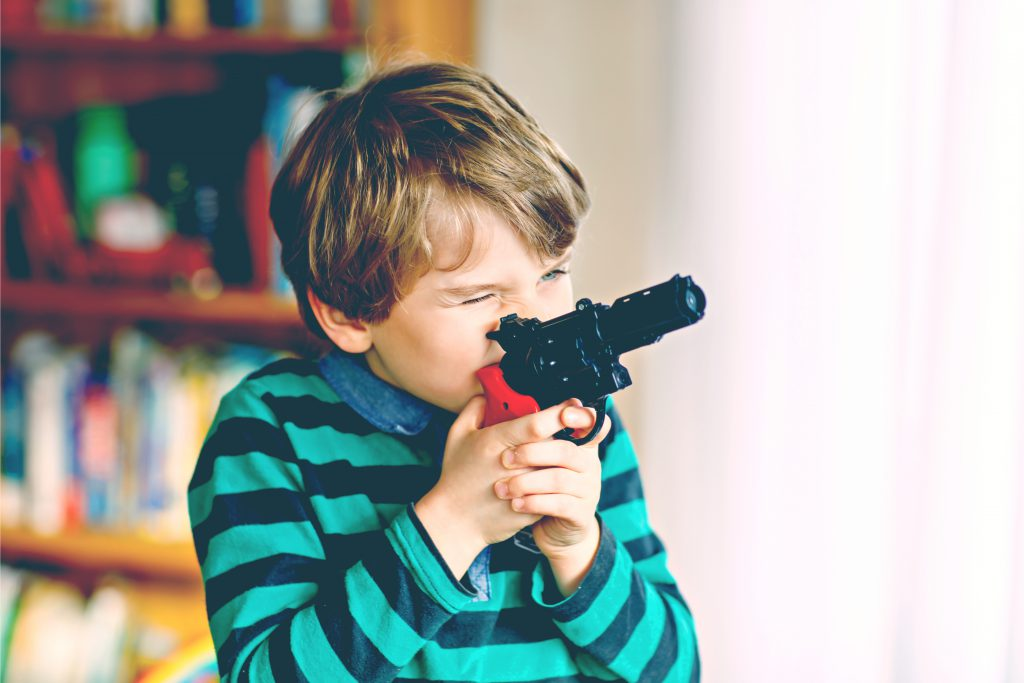 kid play with gun