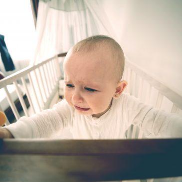 baby cry crib