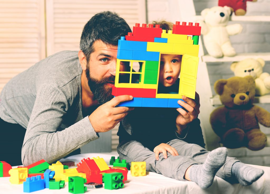 father play with kid
