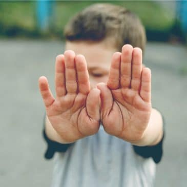 kid say no gesture
