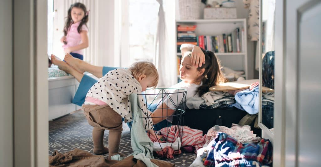 mother kids and laundry